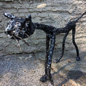 https://skulpturen-design.ch/wp-content/uploads/2021/06/Streunerin_150_gk-300x300.jpg